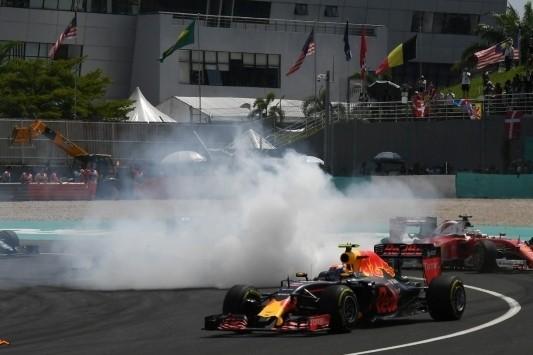 Vettel ontvangt gridstraf van drie plekken voor Suzuka