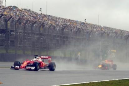 """Vettel niet blij met actie Verstappen: """"Was niet correct"""""""