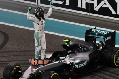 """Ouders Rosberg schuilden in Dubai: """"Meer rust voor Nico"""""""