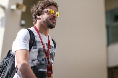 """McLaren-baas Brown: """"Alonso beste coureur ter wereld"""""""