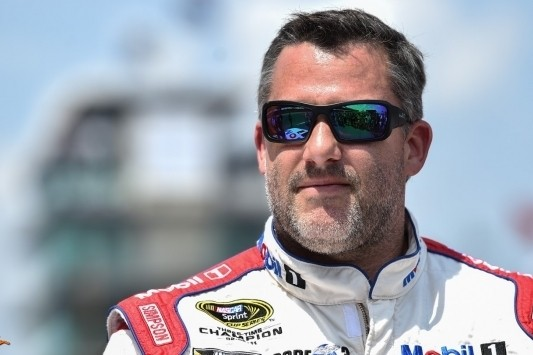 Tony Stewart helpt SPM aan derde bolide op Indianapolis