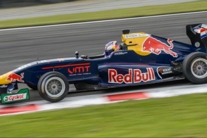 Verschoor derde in Toyota Racing Series, Randle kampioen