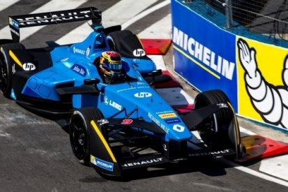 Drie uit drie voor Buemi na overwinning in Buenos Aires