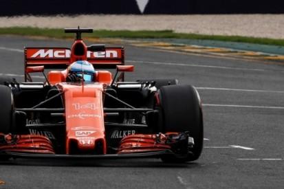"""Alonso valt uit: """"Dit was wel één van mijn betere races"""""""