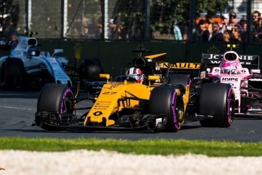 Hülkenberg haalt plezier uit duel met Alonso en Ocon