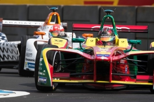 Abt verrast met pole in Mexico, favorieten stellen teleur