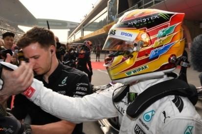 """Hamilton geniet in China: """"Wordt een spannende race"""""""