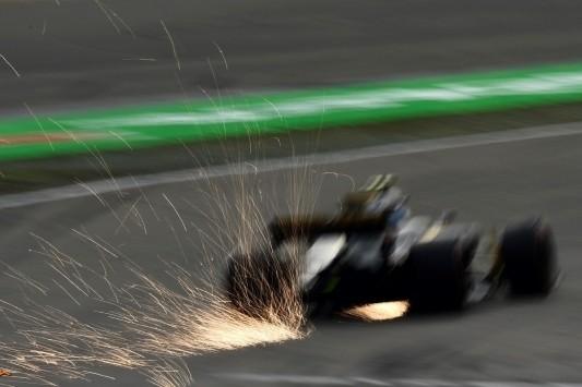 Renault positief over prestaties power unit in eerste races