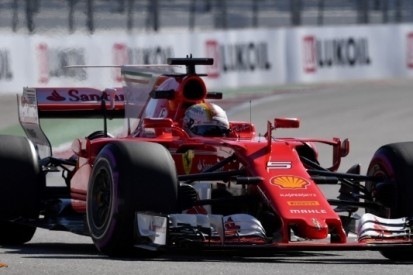 Ferrari sterk in Mercedes-land, Verstappen valt stil