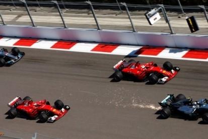 Bottas klopt Ferrari's en boekt eerste zege uit carrière