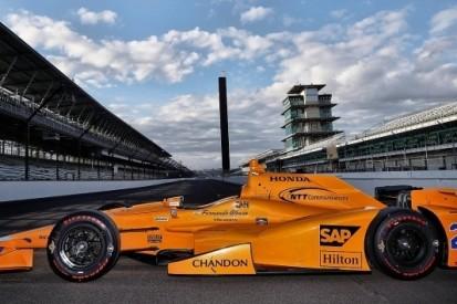 Alonso met oranje 'retrolook' naar Indianapolis