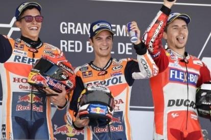 Pedrosa houdt Marquez achter zich en wint in Jerez