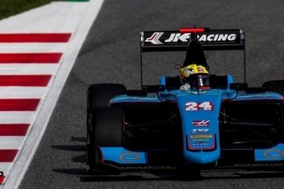 Haas-junior Maini verdedigt zich naar eerste GP3-winst