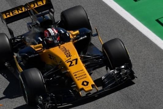 """Omgekeerde wereld Renault: """"Beter in race dan kwalificatie"""""""