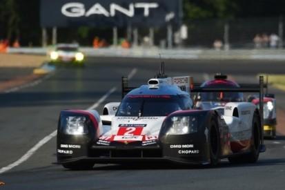 Porsche wint Le Mans na slijtageslag, Tung stunt met P2