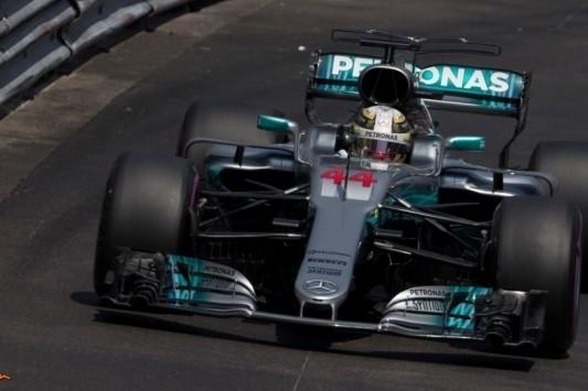 Preview: déjà-vu voor Mercedes' diva in nauwe straten?