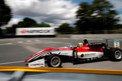 Günther erft overwinning, Piquet bezorgt VAR podiumplek