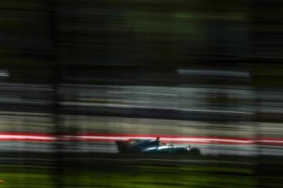 Hamilton ook in tweede sessie het snelst, P4 Verstappen