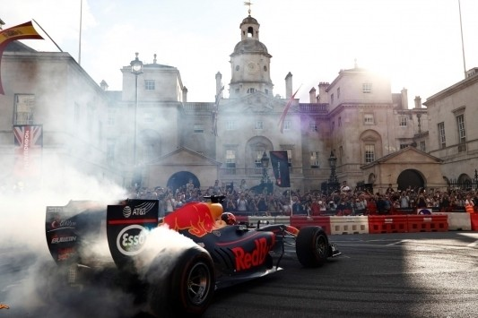 In beeld: de mooiste foto's van F1 Live in Londen