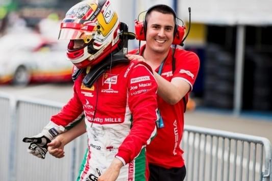 Leclerc ook rokend en zonder spiegel de beste in F2