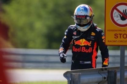 Ricciardo treurt om verloren tijd op zaterdagochtend