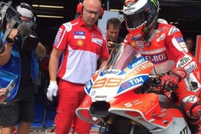 Dovizioso op P1, Ducati steelt show met vernieuwde motor