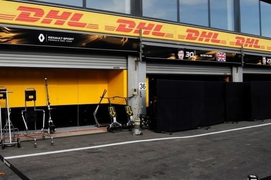 """Renault sprak met McLaren: """"Drie klanten onmogelijk"""""""