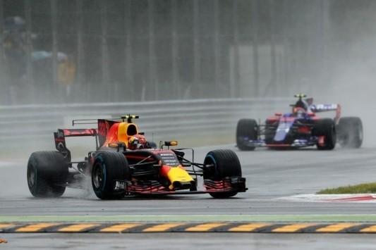 Straf Verstappen verhoogd, ook Renaults krijgen penalty