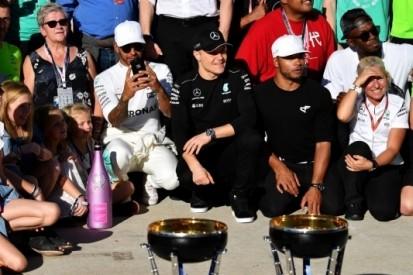 Mercedes viert vierde constructeurstitel op rij