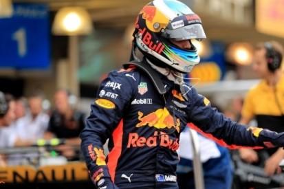 "Ricciardo worstelt met supersofts: ""Mysterieuze zaterdag"""