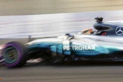 Hamilton ruim vooraan in Abu Dhabi, Verstappen zesde