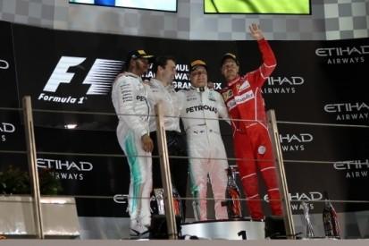 Bottas houdt Hamilton af voor zege in seizoensafsluiter