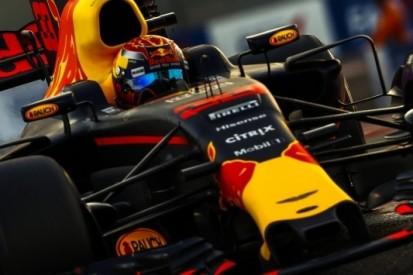 """Verstappen laakt gebrek aan inhaalkansen: """"Saaie race"""""""