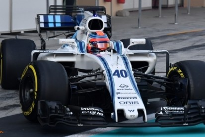Kubica maakt meters, Alonso crasht tijdens test Abu Dhabi