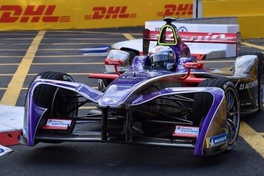 Bird wint chaotische Formule E-seizoensopener Hong Kong