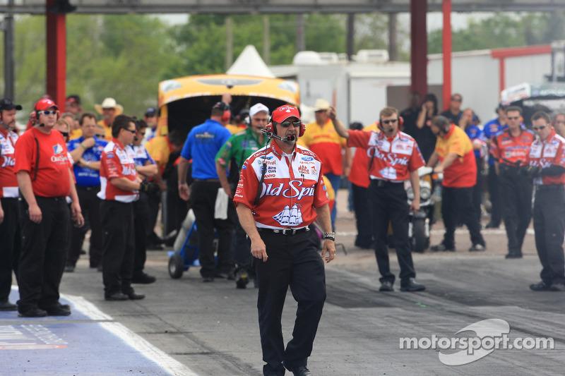 R2B2 Racing names Medlen R&D VP