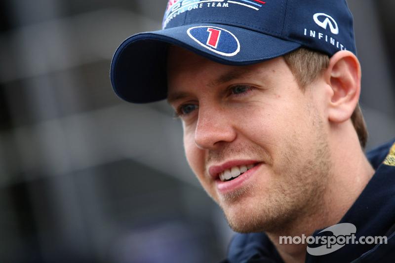New Alonso deal not Ferrari lock-out - Vettel