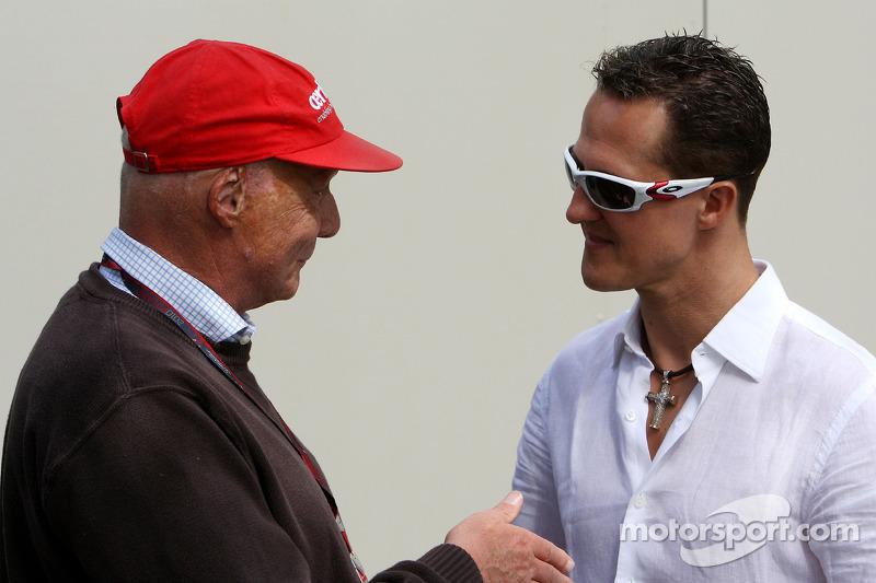 Lauda urges Schumacher to think about retirement