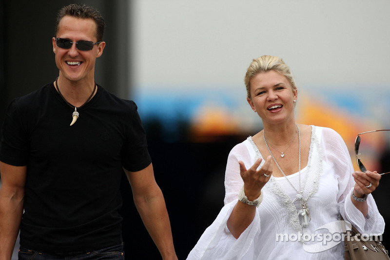 Wife gives Schumacher green light for new deal