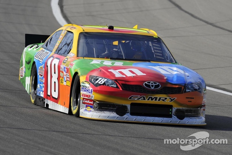 Toyota teams Charlotte 500 race notes, quotes
