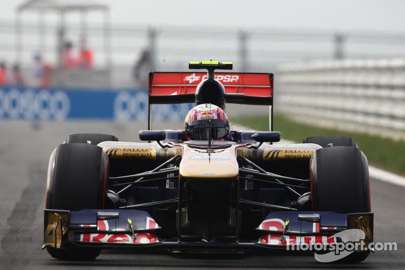 Alguersuari eyes 'great' Toro Rosso car for 2012