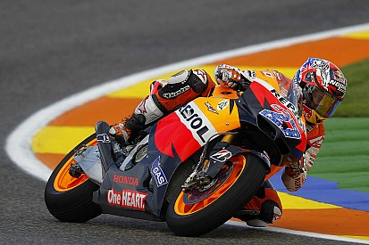 Bautista leads FP2, Stoner fastest overall in Valencia