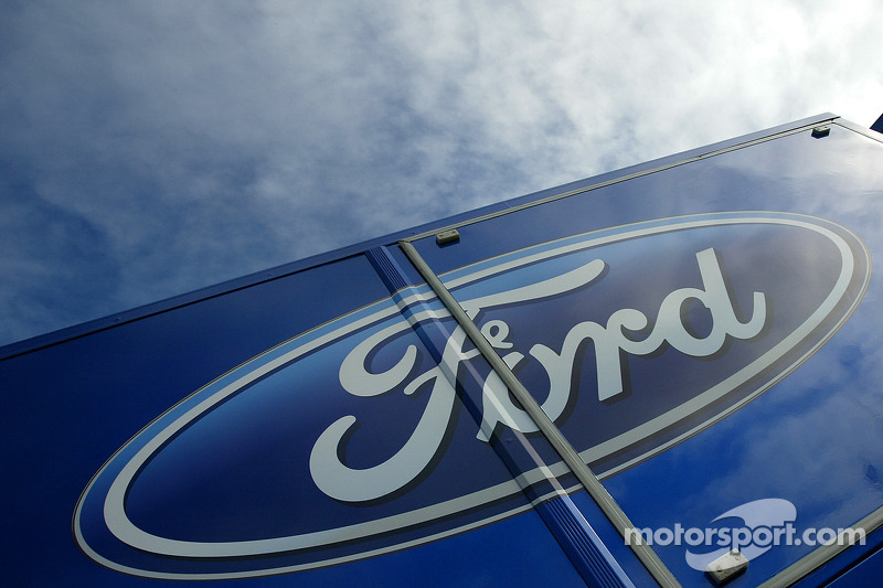 Ford clinches series 2011 Manufacturer's Championship