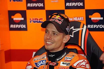 Repsol Honda celebrates Stoner's pole in Valencia GP qualifying