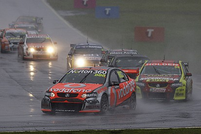 Australia series Sandown race 1 report