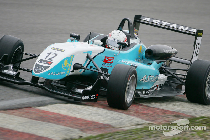 Spaniard Juncadella takes surpise Macau GP win