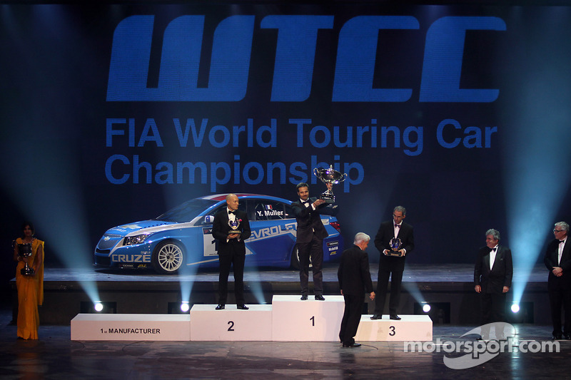 Muller And Chevrolet Crowned At FIA Gala