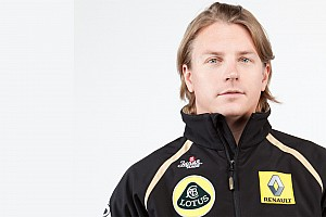 Formula 1 Raikkonen hurts wrist in snowmobile racing crash