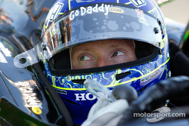 AJ Foyt Racing signs Mike Conway for 2012