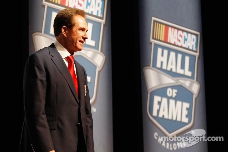 Evans, Inman, Waltrip, Wood, Yarborough join Hall of Fame